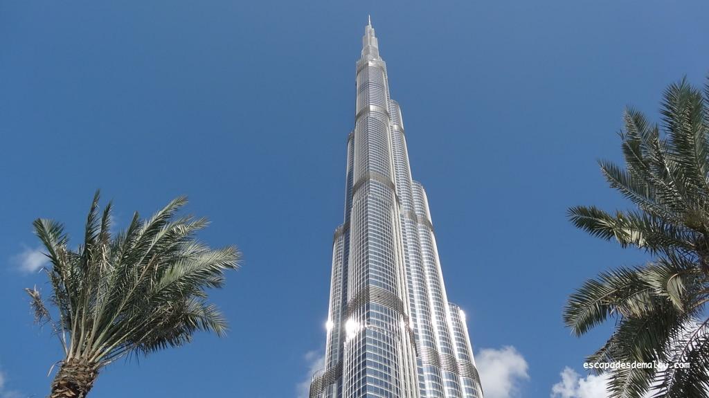 Burj Khalifa, l'icône de Dubaï et la plus haute tour du monde !