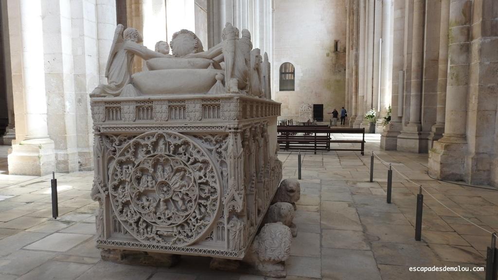https://escapadesdemalou.com/2018/05/ines-de-castro-et-le-roi-pedro-une-histoire-damour-legendaire/