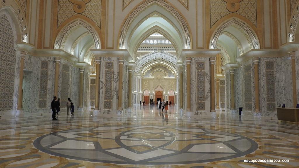https://escapadesdemalou.com/qasr-al-watan-le-palais-presidentiel-dabu-dhabi/